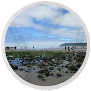 Cannon Beach Tide Pools Round Beach Towel