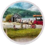 Car - Wagon - Traveling In Style Round Beach Towel