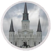 Cathedral Church Round Beach Towel
