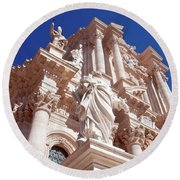 Cathedral Of Siracusa Round Beach Towel