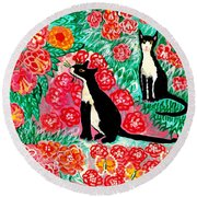 Cats And Roses Round Beach Towel