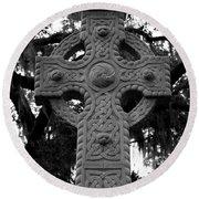 Celtic Cross In Emmet Park Round Beach Towel