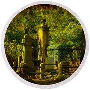 Cemetery In Charleston Round Beach Towel