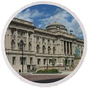 Central Library Milwaukee Full View Round Beach Towel