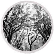 Central Park Nyc In Black And White Round Beach Towel