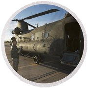 Ch-47 Chinook Crew Preparing To Load Round Beach Towel