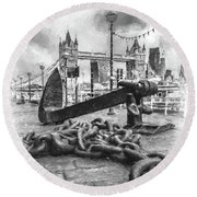Chain And Anchor, Southwark Round Beach Towel