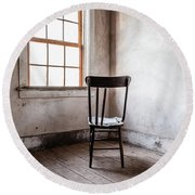 Chair By The Window Grafton Ghost Town Round Beach Towel