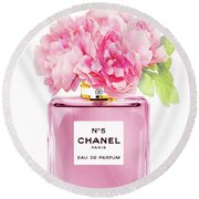 Chanel N5 Pink With Flowers Round Beach Towel