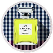 Chanel-no.5-pa-kao-ma1 Round Beach Towel