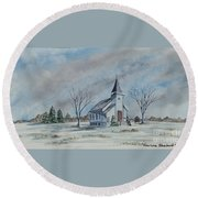 Chapel In Winter Round Beach Towel