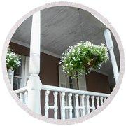 Charleston Historical District Front Porch Flowers - Charleston Homes Architecture Round Beach Towel