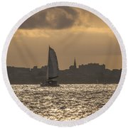Charleston Sailing Round Beach Towel