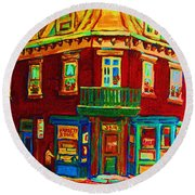 Charming Store  On The Corner Round Beach Towel