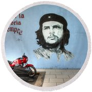 Che Bike  Round Beach Towel