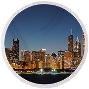 Chicago Downtown Skyline At Night Round Beach Towel