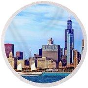 Chicago Il - Schooner Against Chicago Skyline Round Beach Towel