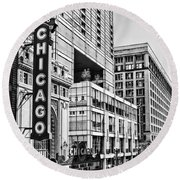 Chicago In Black And White Round Beach Towel