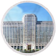 Chicago Merchandise Mart South Facade Round Beach Towel