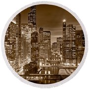 Chicago River City View B And W Round Beach Towel