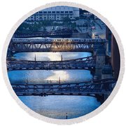 Chicago River First Light Round Beach Towel