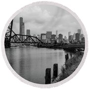 Chicago Skyline From The Southside In Black And White Round Beach Towel