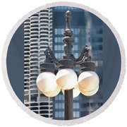Chicago Street Lamps Round Beach Towel