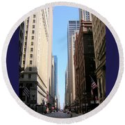 Chicago Street With Flags Round Beach Towel