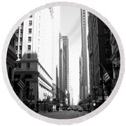 Chicago Street With Flags B-w Round Beach Towel