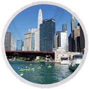Chicago Watching The Kayaks On The River Round Beach Towel