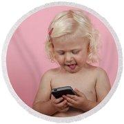 Child With Smartphone  Round Beach Towel