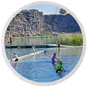 Children Playing In Dierkes Lake In Snake River Above Shoshone Falls Near Twin Falls-idaho  Round Beach Towel