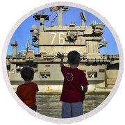 Children Wave As Uss Ronald Reagan Round Beach Towel