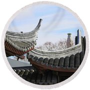 Chinese Rooflines Round Beach Towel