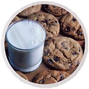 Chocolate Chip Cookies And Glass Of Milk Round Beach Towel