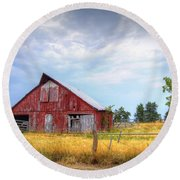 Christian School Road Barn Round Beach Towel