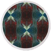 Christmas Crackers Surprise Round Beach Towel