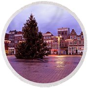 Christmas In Amsterdam The Netherlands Round Beach Towel