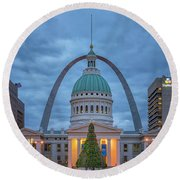 Christmas Jefferson National Expansion Memorial St Louis 7r2_dsc3574_12112017 Round Beach Towel