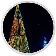 Christmas Tree San Salvador Round Beach Towel