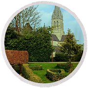 Church Garden Round Beach Towel