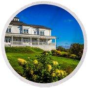 Churchill Mansion Inn Round Beach Towel