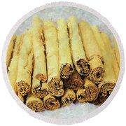 Cinnamon Sticks Round Beach Towel