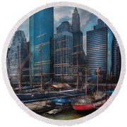 City - Ny - The New City Round Beach Towel
