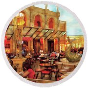 City - Vegas - Cesar's - Lunch In Italy Round Beach Towel