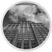 City Canyon Black And White Round Beach Towel