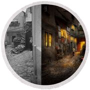 City - Germany - Alley - Coming Home Late 1904 - Side By Side Round Beach Towel