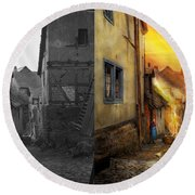 City - Germany - Alley - The Farmers Wife 1904 - Side By Side Round Beach Towel