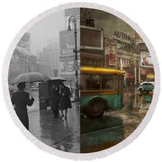 City - Ny - Times Square On A Rainy Day 1943 Side By Side Round Beach Towel