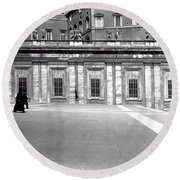 City Square Vintage Black And White  Round Beach Towel